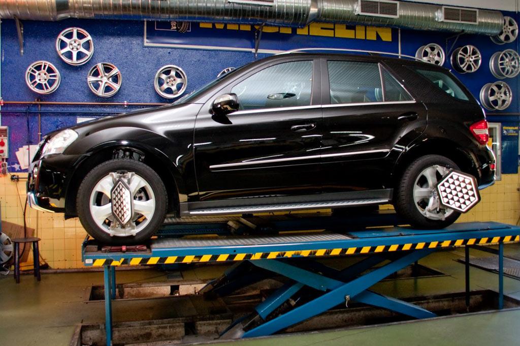 Neumáticos A. Moreno: Servicio de paralelo y equilibrado de neumáticos