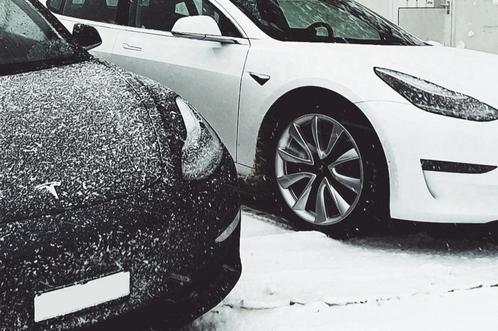Talleres A. Moreno: en Neumáticos A. Moreno te asesoramos sobre la mejor opción para tus neumáticos de invierno.