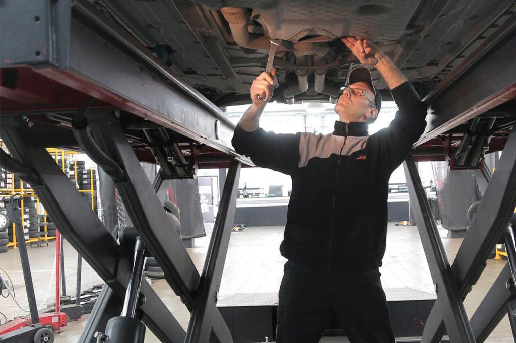Neumáticos A. Moreno: tu taller de servicios de mecánica y neumáticos