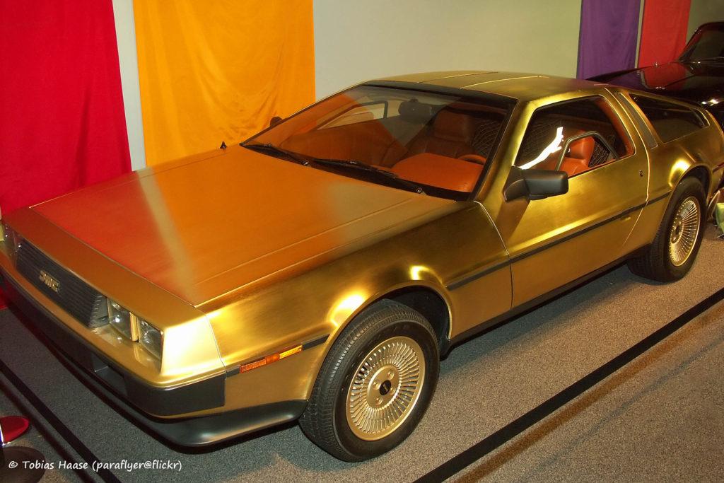 Tobías Haase: Delorean chapado en oro, en un Museo Nacional del Automóvil de Reno, Nevada. Fuente: Wikimedia. Licencia Creative Commons 2-0